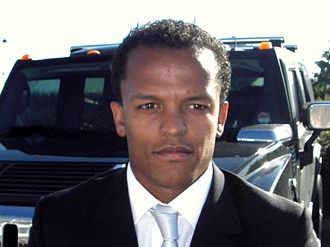 Robert Earnshaw - Earnshaw in 2007