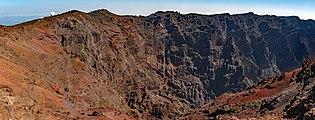 Roque de los Muchachos - Caldera de Taburiente 04.jpg