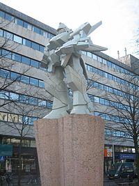 Rotterdam Giant Robot.jpg