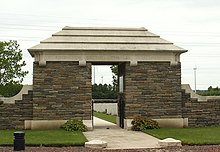 Roye New British Cemetery.jpg