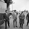 Rudi Carell was een van de bekende Nederlanders, die uitgenodigd was voor het op treden van The Beatles in Treslong. NL-HlmNHA 1478 08.JPG