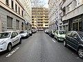 Rue Robert (Lyon) tout près du Boulevard des Brotteaux (au fond).jpg