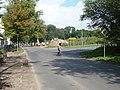 Ruhlsdorfer Straße, rechts die Einmündung der Gonfrevillestraße - panoramio.jpg