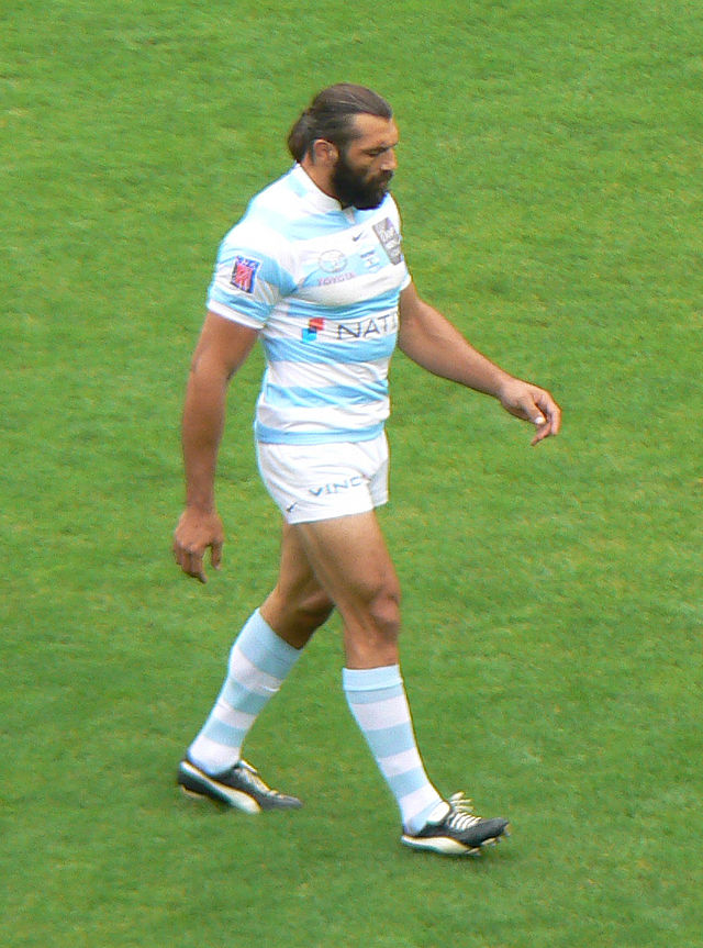[Image: 640px-S%C3%A9bastien_Chabal-Racing_M%C3%A9tro_92.jpg]