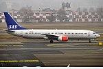 SAS, LN-RPL, Boeing 737-883 (31828364355).jpg