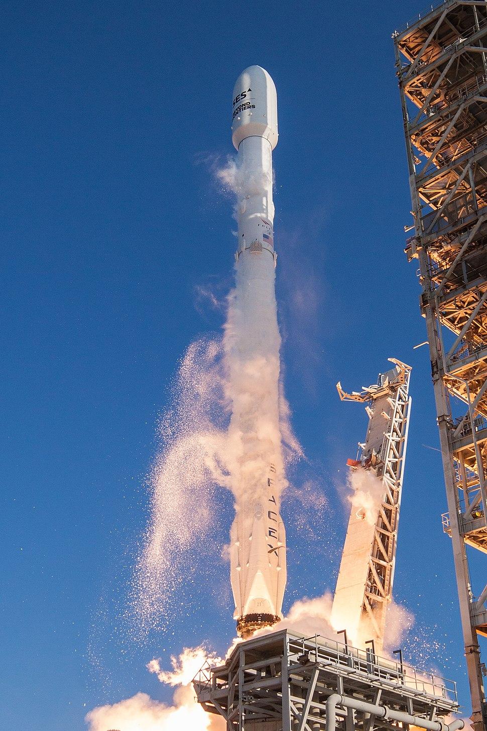 SES-10 Launch - world%27s first reflight of an orbital class rocket (32915200224)