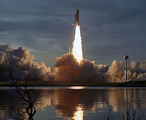 STS-48 - Liftoff of STS-48.