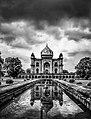 Safdarjang Tomb B&W.jpg