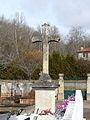 Saint-Capraise-de-Lalinde cimetière croix centrale.JPG
