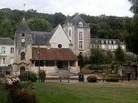 Saint-Ouen-les-Vignes église.jpg
