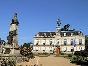 Haute-Vienne - Image: Saint Yrieix la Perche Mairie