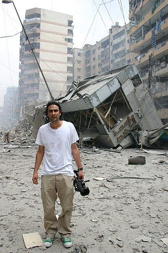 Saman Arbabi - Voice of America's Saman Arbabi on location in Lebanon in 2006.
