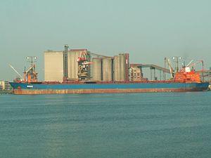 Samos IMO 8023981 p1, Port of Rotterdam, Holland 01-Jul-2006.jpg