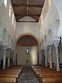 San Cebrián de Mazote iglesia mozarabe nave central hacia los pies ni.jpg