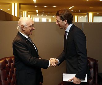 Sartaj Aziz - Aziz with Sebastian Kurz, the Austrian Minister for Foreign Affairs