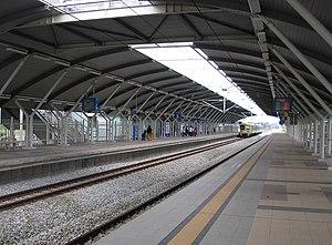 Serendah Komuter station - A platform view of the Serendah station.