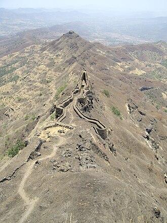 Torna Fort - Torna fort zunjar machi fortification
