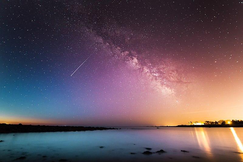 File:Shooting Star Rye (Unsplash).jpg