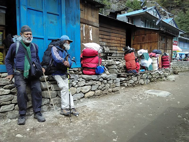 File:Short Rest on Everest Base Trail.jpg