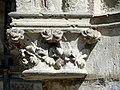 Soissons (02), abbaye Saint-Jean-des-Vignes, cloître gothique, galerie ouest, chapiteaux des arcades, côté nord (du nord au sud.jpg