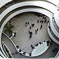 Solomon Guggenheim Museum 9 (New York) (45240457901).jpg