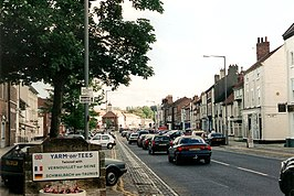 South entrance to Yarm, Yorkshire.jpg