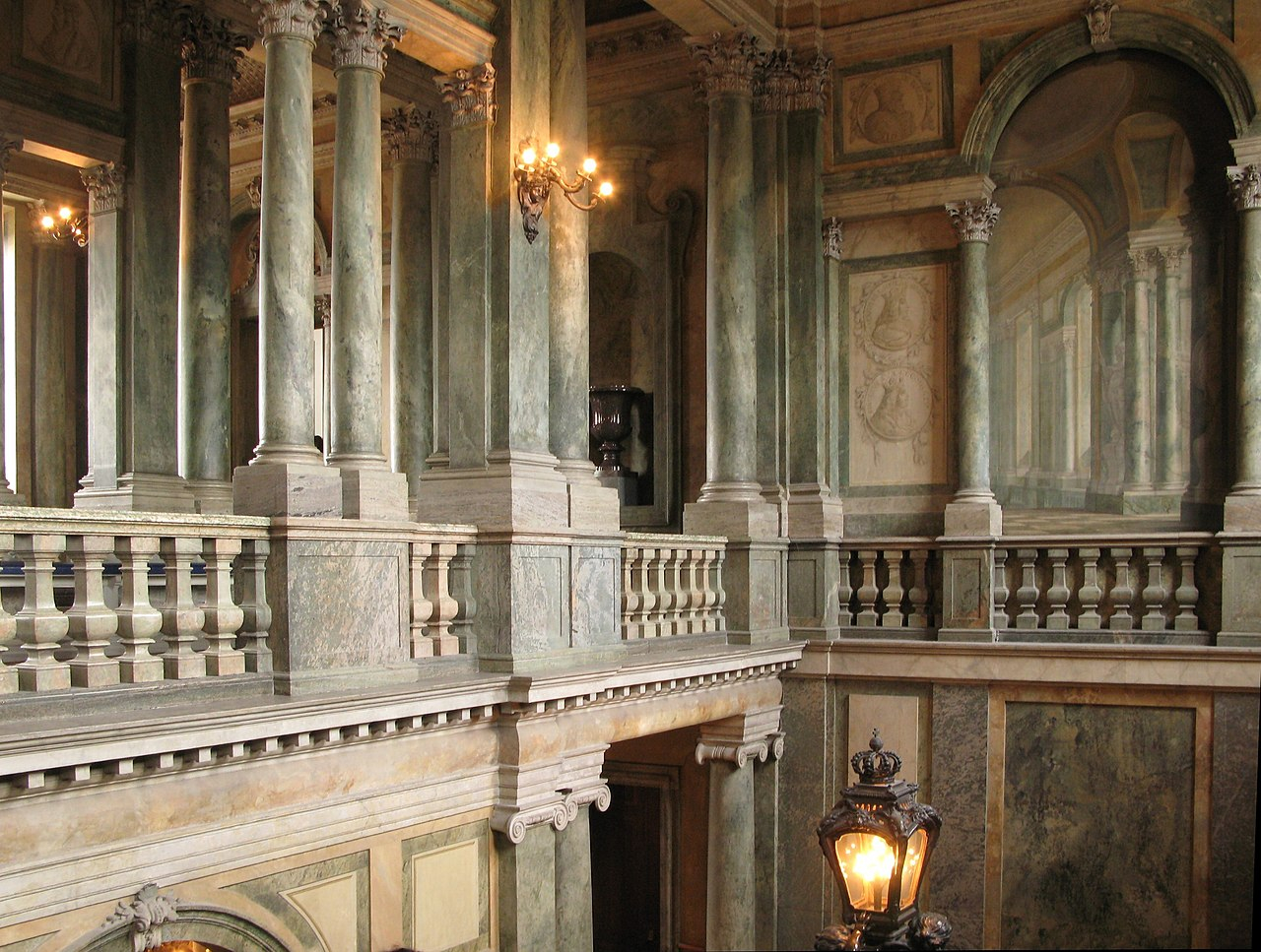 File Staircase 2 Royal Palace Stockholm Jpg Wikimedia