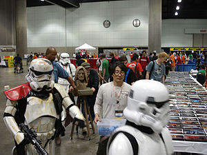 Science-fiction fandom - Star Wars Celebration IV - The 501st legion guards an Obi-Wan bust at Star Wars Celebration IV