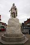 Statue of King Alfred in Wantage Market Square - geograph.org.uk - 1395697.jpg