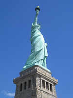 Statue of Liberty April 2008.JPG