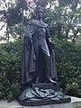 Statuo de Georgo la 6-a en la Zoologia kaj botanika Ĝardenoj de Honkongo 02.jpg