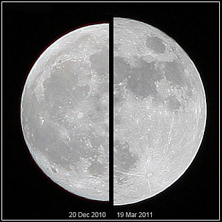 Supermoon coincidence of a full moon with the closest approach the Moon makes to the Earth