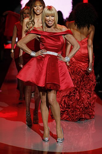 Suzanne Somers - Somers at The Heart Truth's Red Dress Collection Fashion Show (2011)