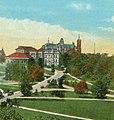 Syracuse-university 1922 hill.jpg
