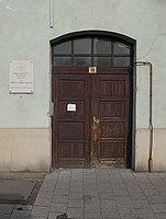 Szent István tér 19, kapu, 2018 Újpest.jpg