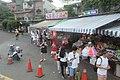 TW 台灣 Taiwan 台北市 Taipei City 旅遊客 平溪 Pingxi put sky lanterns 放天燈 August 2019 IX2 02.jpg