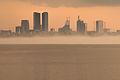 Tallinna kõrghooned udus.jpg