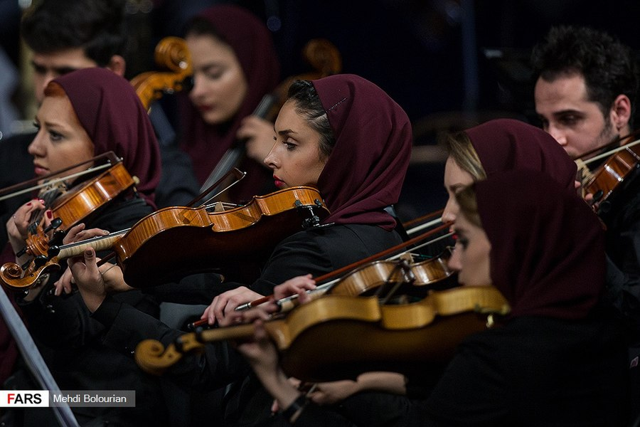 Tehran Symphony Orchestra Performs at Vahdat Hall 15 (2018-11-14).jpg