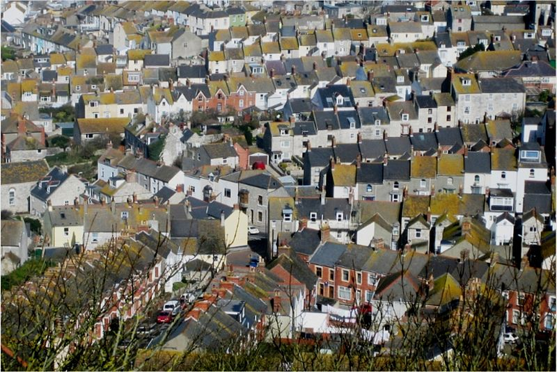 800px-Terraced_houses_at_fortuneswell.jpg