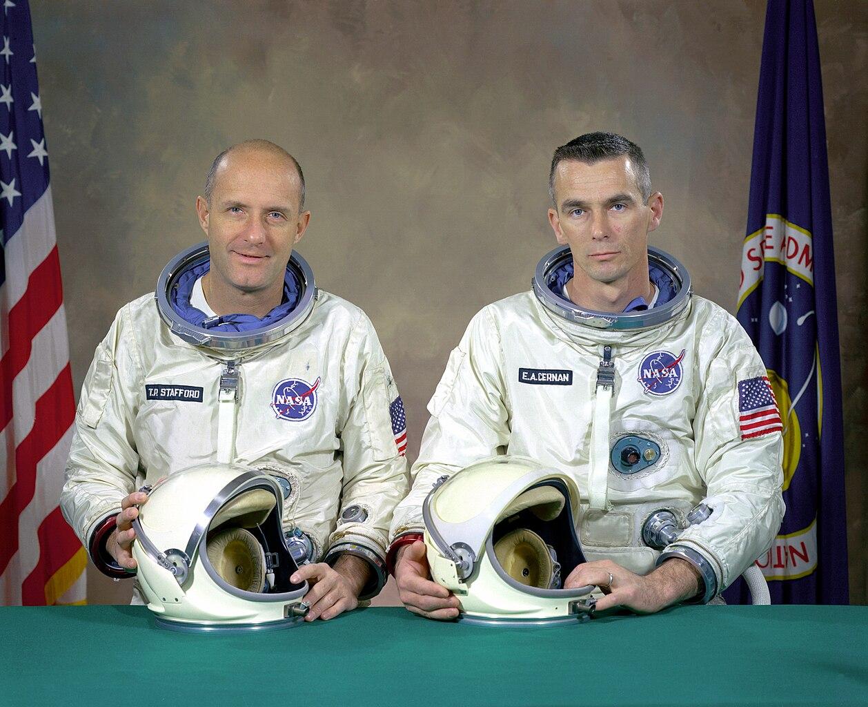 File:The Actual Gemini 9 Prime Crew - GPN-2000-001353.jpg ...