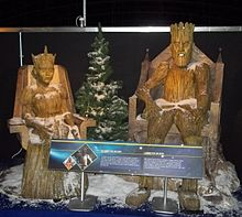The Wooden Queen and King from The Doctor, the Widow and the Wardrobe (10634423114).jpg