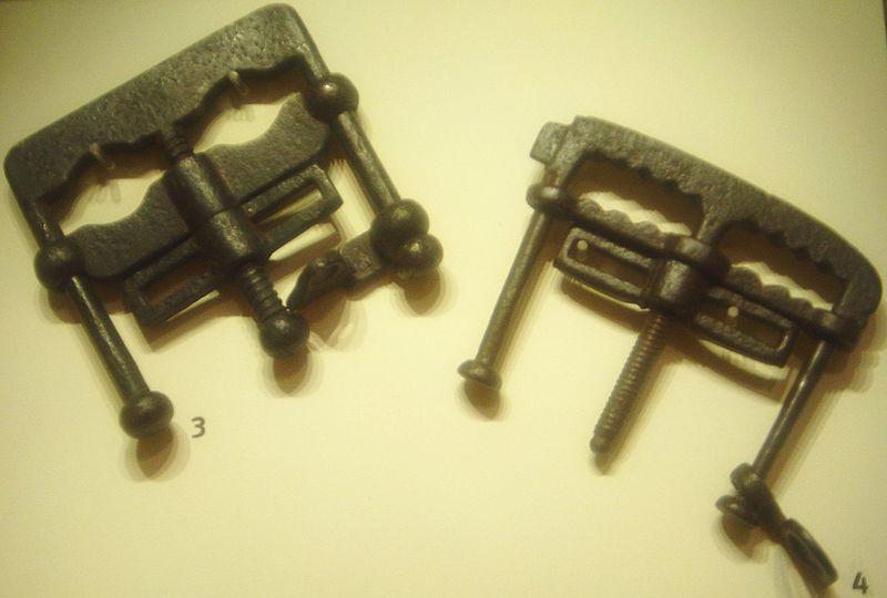 Soubor:Thumbscrews dsc05365.jpg