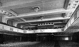 Kinosaal der Kammerlichtspiele im Haus Vaterland 1912, Unbekannt [Public domain], via Wikimedia Commons