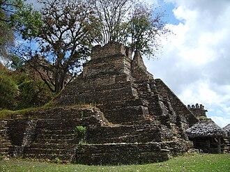 Toniná - A pyramid on the 5th terrace of the Acropolis at Toniná.