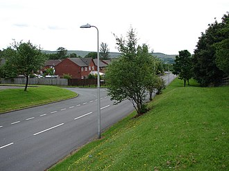 Gurnos - The A465 road embankment at the north end of the Gurnos estate