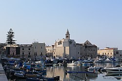 Trani, Puglia - panoramio (18).jpg
