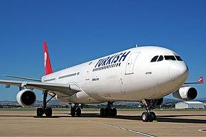 Turkish Airlines Airbus A340-313X CBR Gilbert-1.jpg