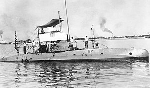 USS B-2 off Cavite Navy Yard, circa 1913-1917.jpg