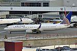 United Airlines, Boeing 737-924(ER)(WL), N68801 - SEA (18894934708).jpg