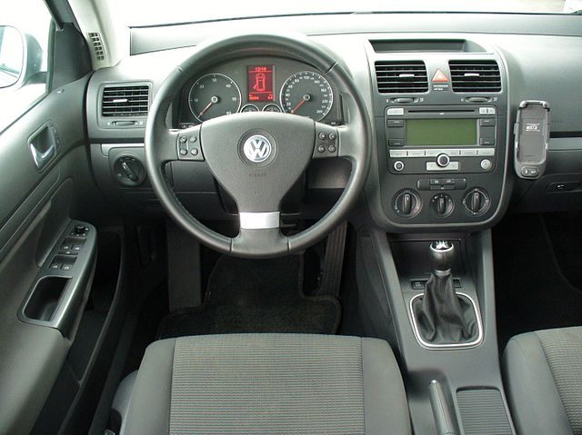 file vw golf v variant 1 9 tdi interieur jpg wikimedia commons. Black Bedroom Furniture Sets. Home Design Ideas